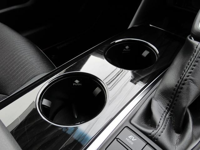 S スポーツスタイル 特別仕様車・SDナビ地デジ・バックカメラ・CD・DVD・ブルーレイ・ブルートゥース・USB・ETC・シートヒーター・ステアヒーター・Cセンサー・プリクラ・LTA・BSM・RCTA・スパッタ18アルミ(30枚目)