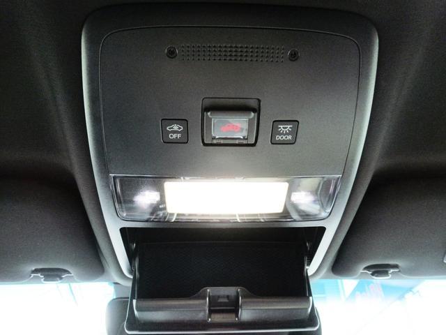 S スポーツスタイル 特別仕様車・SDナビ地デジ・バックカメラ・CD・DVD・ブルーレイ・ブルートゥース・USB・ETC・シートヒーター・ステアヒーター・Cセンサー・プリクラ・LTA・BSM・RCTA・スパッタ18アルミ(35枚目)