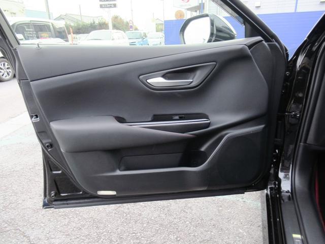 S スポーツスタイル 特別仕様車・SDナビ地デジ・バックカメラ・CD・DVD・ブルーレイ・ブルートゥース・USB・ETC・シートヒーター・ステアヒーター・Cセンサー・プリクラ・LTA・BSM・RCTA・スパッタ18アルミ(39枚目)