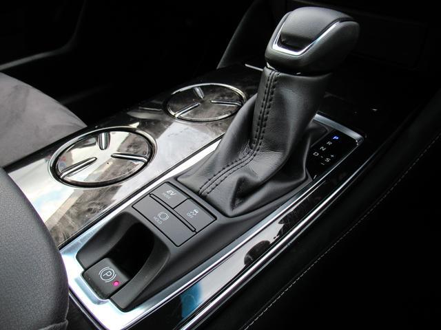 S エレガンススタイル SDナビ地デジ・バックカメラ・CD・DVD・ブルーレイ・ブルートゥース・ステアヒーター・シートヒーター・レーダークルーズ・LTA・BSM・RCTA・ETC2.0・USB・18AW・LEDライト・フォグ(18枚目)