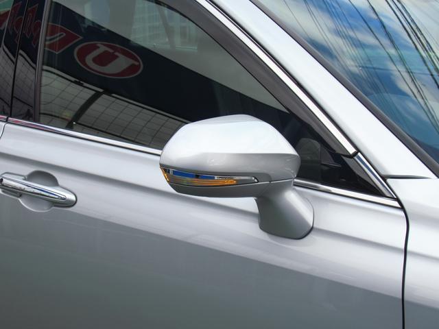 S エレガンススタイル SDナビ地デジ・バックカメラ・CD・DVD・ブルーレイ・ブルートゥース・ステアヒーター・シートヒーター・レーダークルーズ・LTA・BSM・RCTA・ETC2.0・USB・18AW・LEDライト・フォグ(59枚目)