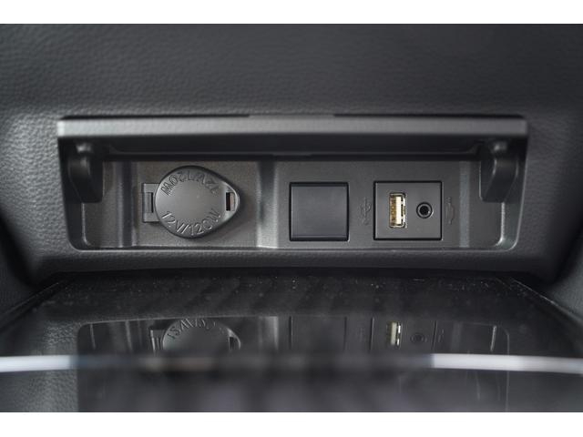 S スポーツスタイル SDナビ地デジ・バックカメラ・CD・DVD・ブルーレイ・ブルートゥース・USB・ステアヒーター・シートヒーター・ETC・Cセンサー・セーフティセンス・18AW・パドルシフト・LEDライト・フォグ(28枚目)