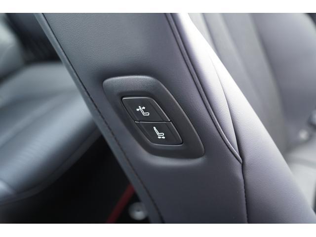 S スポーツスタイル SDナビ地デジ・バックカメラ・CD・DVD・ブルーレイ・ブルートゥース・USB・ステアヒーター・シートヒーター・ETC・Cセンサー・セーフティセンス・18AW・パドルシフト・LEDライト・フォグ(31枚目)
