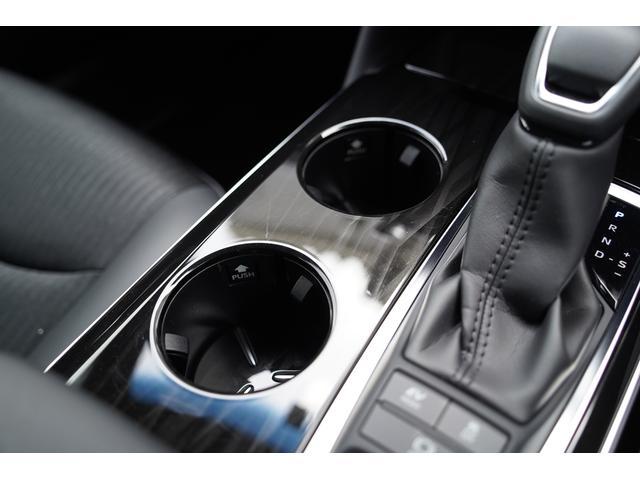 S スポーツスタイル SDナビ地デジ・バックカメラ・CD・DVD・ブルーレイ・ブルートゥース・USB・ステアヒーター・シートヒーター・ETC・Cセンサー・セーフティセンス・18AW・パドルシフト・LEDライト・フォグ(33枚目)