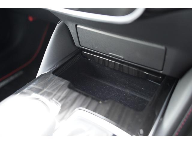 S スポーツスタイル SDナビ地デジ・バックカメラ・CD・DVD・ブルーレイ・ブルートゥース・USB・ステアヒーター・シートヒーター・ETC・Cセンサー・セーフティセンス・18AW・パドルシフト・LEDライト・フォグ(35枚目)