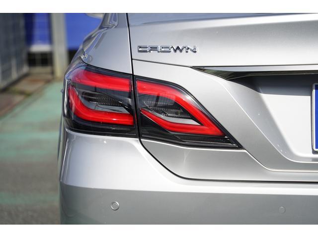 S スポーツスタイル SDナビ地デジ・バックカメラ・CD・DVD・ブルーレイ・ブルートゥース・USB・ステアヒーター・シートヒーター・ETC・Cセンサー・セーフティセンス・18AW・パドルシフト・LEDライト・フォグ(55枚目)