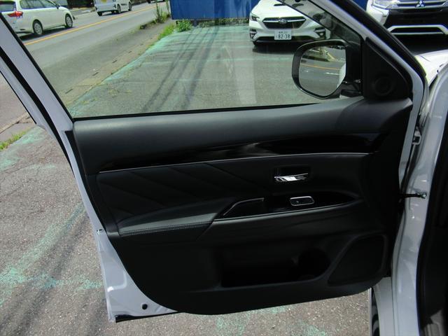 Gプラスパッケージ 後期・SDナビ地デジ・全方位カメラ・CD・DVDビデオ・ブルートゥース・USB・パドルシフト・レーダークルーズ・LDW・18AW・Cセンサー・パワーゲート・AC100・LEDライト・シートヒーター(40枚目)