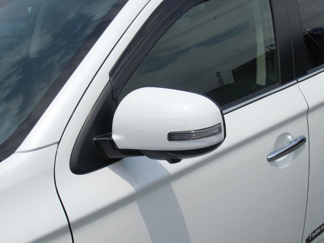 Gプラスパッケージ 後期・SDナビ地デジ・全方位カメラ・CD・DVDビデオ・ブルートゥース・USB・パドルシフト・レーダークルーズ・LDW・18AW・Cセンサー・パワーゲート・AC100・LEDライト・シートヒーター(58枚目)