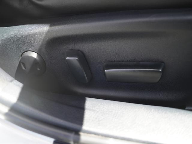 Fバージョン HDDナビ地デジ・全方位カメラ・CD・DVDビデオ・ミュージックサーバー・USB・ブルートゥース・黒革・エアシート・プリクラッシュ・ウッドコンビステア・ステアヒーター・ETC・17アルミ・Cセンサー(27枚目)