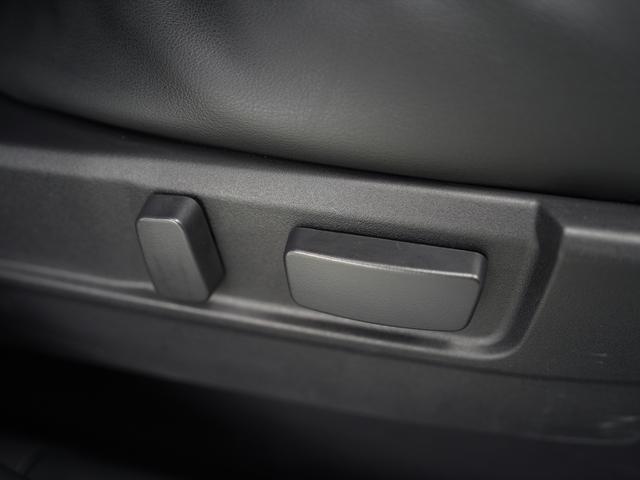 Gリミテッドエディション 後期・SDナビ地デジ・CD・DVDビデオ・ブルートゥース・コーナーセンサー・シートヒーター・ステアヒーター・AC100V・レーダークルーズ・LDW・18アルミ・LEDライト・フォグ・スマートキー(24枚目)
