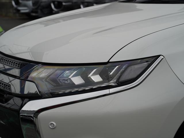 Gリミテッドエディション 後期・SDナビ地デジ・CD・DVDビデオ・ブルートゥース・コーナーセンサー・シートヒーター・ステアヒーター・AC100V・レーダークルーズ・LDW・18アルミ・LEDライト・フォグ・スマートキー(50枚目)