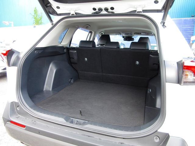 ハイブリッドG Sセンス フルセグナビBカメ Bluetooth 合皮シート LEDライト Cセンサー レーダークルーズ レーンディパーチャーオートHIビーム BSM PバックD ステアヒーター シートヒーター(6枚目)