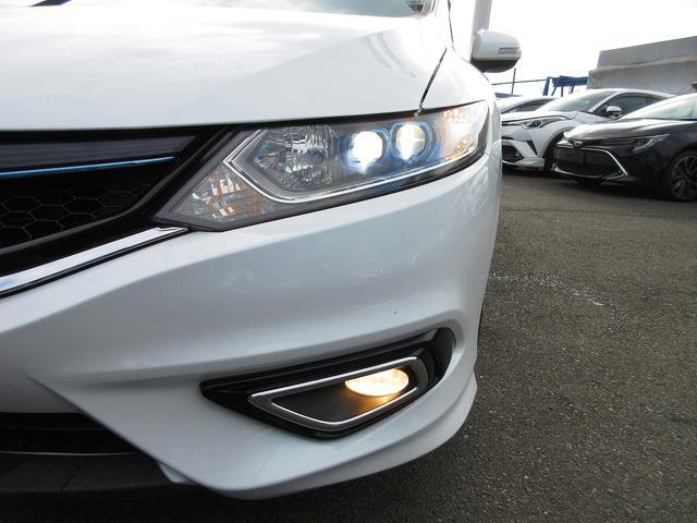 ハイブリッドX ホンダセンシング 地デジナビ LEDライト フォグ レーダークルーズ レーンディパーチャー 本革ステアリング ドアバイザー プライバシーガラス ミラーウィンカー 17AW(16枚目)