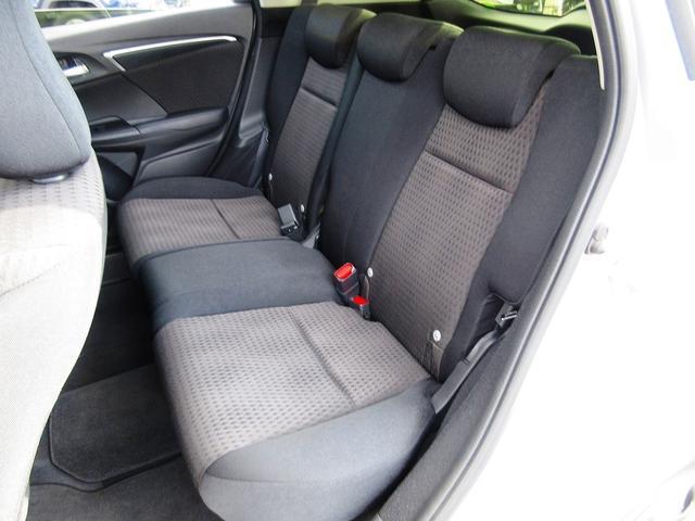 Fコンフォートエディション ホンダS 4WD フルセグナビ Bカメ DVD再生 ETC Bluetooth シートヒーター レーダークルーズ レーンディパーチャー プライバシーガラス ミラーウィンカー スマキー 保証書(5枚目)