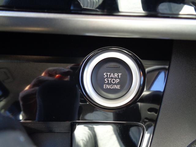 プッシュスタートでエンジン始動もラクラク♪
