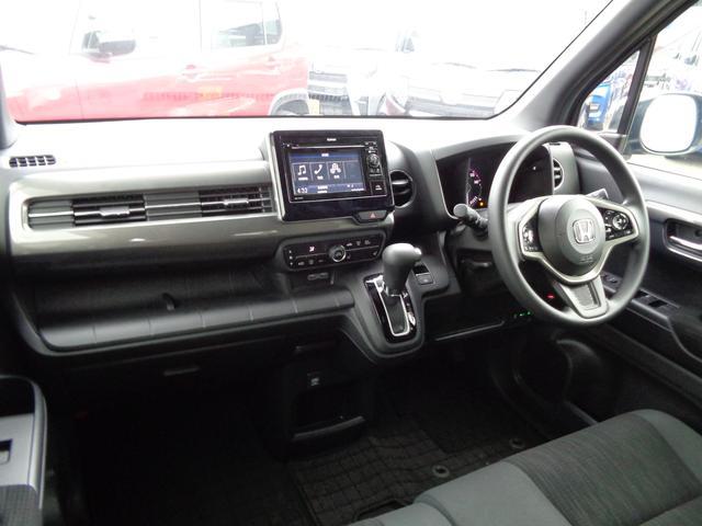 Lホンダセンシング 4WD ETC LEDヘッドライト 新車保証書付き(11枚目)