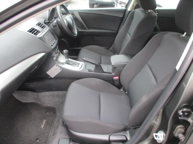 全車、安心のマツダ全国保証付きで安心です!更にお車によっては別途費用がかかりますが、トータル2年・3年の延長保証もご用意しております!ご要望の際にはお気軽にスタッフまでご相談ください♪
