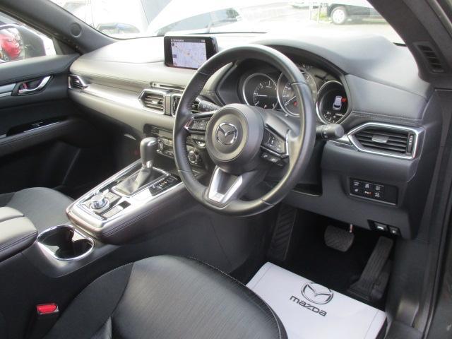SKYACTIV-DRIVEではドライバーの求めている加速をアクセルの踏み込み量と踏み込み速度に応じて計算する駆動力制御が組み込まれています。それによりアクセルコントロールだけで容易に速度調整が可能になりました♪