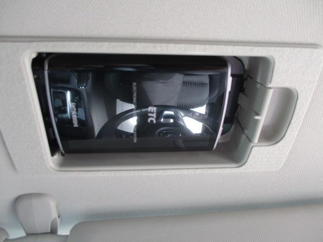 高速道路の乗り降りに便利なETCを装備!格納式だから見た目もスマートです!