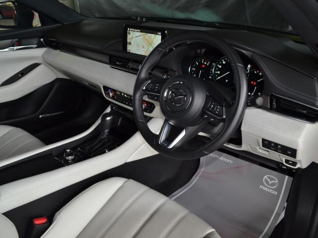 2.2 XD Lパッケージ ディーゼルターボ 4WD 白革 BOSE(2枚目)