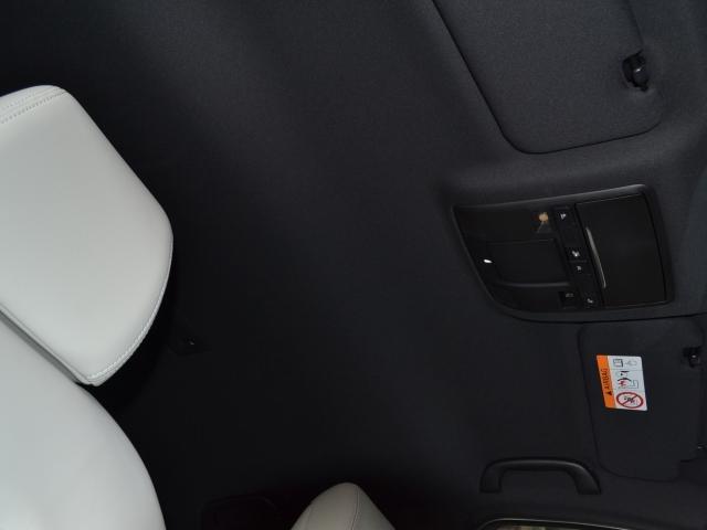 2.2 XD Lパッケージ ディーゼルターボ 4WD 白革 BOSE(6枚目)