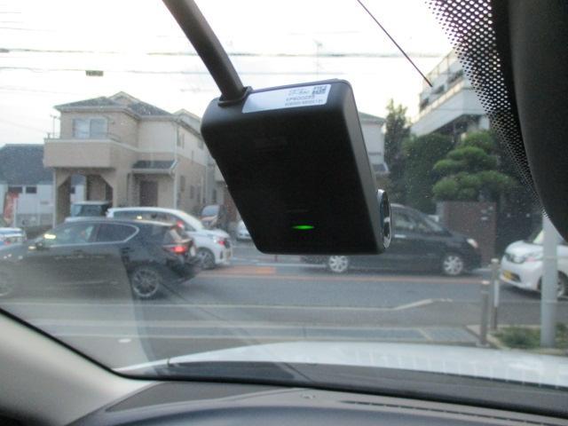 フロントドライブレコーダー搭載。