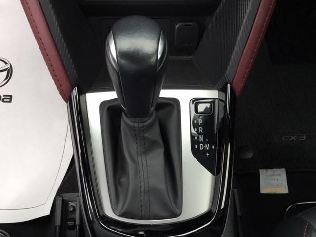 1.5 XD ツーリング 4WD マツコネナビ LED 1オーナ(6枚目)