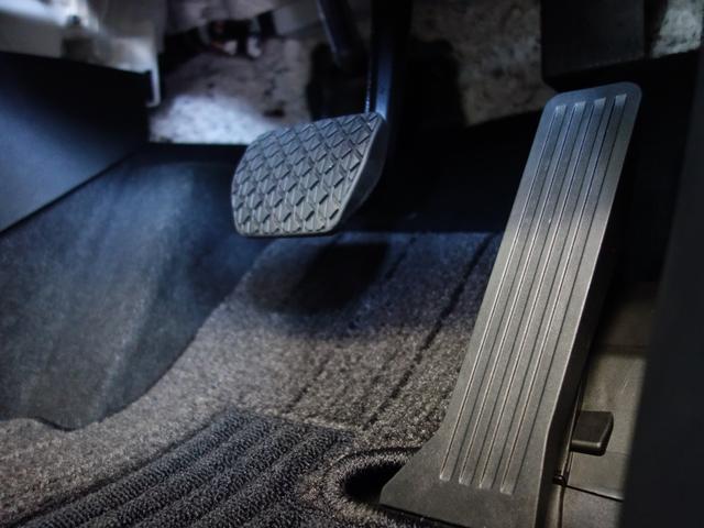 1.8 XD エクスクルーシブ モッズ AWD 追突軽減ブレーキ(37枚目)