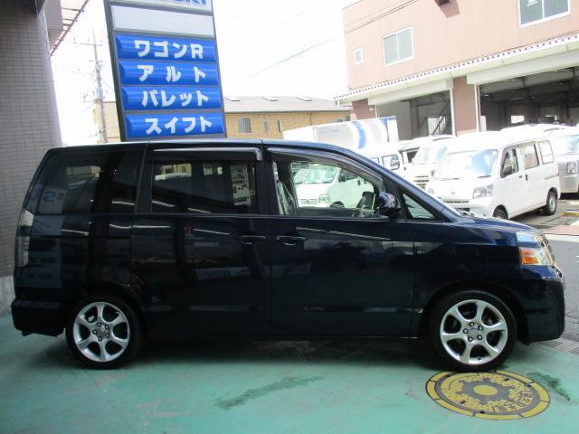 トヨタ ヴォクシー トランス-X HDDナビ 5人乗り 12ヶ月保証
