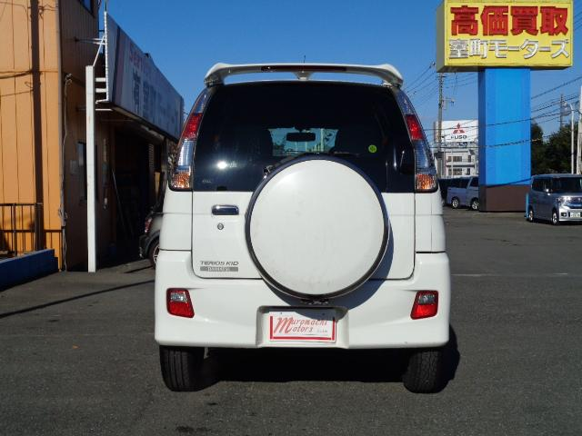 カスタム メモリアルエディション 4WD ETC ターボ ポータブルナビ アルミホイール ローダウン ワンセグTV キーレス CD 運転席エアバッグ 助手席エアバッグ(6枚目)