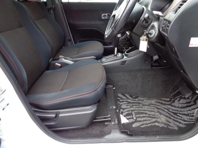 カスタム メモリアルエディション 4WD ETC ターボ ポータブルナビ アルミホイール ローダウン ワンセグTV キーレス CD 運転席エアバッグ 助手席エアバッグ(10枚目)