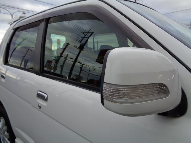カスタム メモリアルエディション 4WD ETC ターボ ポータブルナビ アルミホイール ローダウン ワンセグTV キーレス CD 運転席エアバッグ 助手席エアバッグ(23枚目)