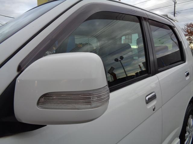 カスタム メモリアルエディション 4WD ETC ターボ ポータブルナビ アルミホイール ローダウン ワンセグTV キーレス CD 運転席エアバッグ 助手席エアバッグ(24枚目)
