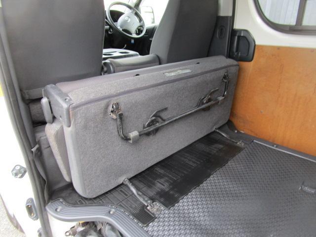 ロングDX 5ドア 低床 オートマ 1250Kg積載(16枚目)