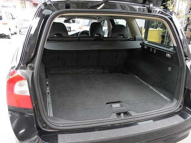 ボルボ ボルボ V70 2.5T LE シートエアコン 禁煙車 HID ナビTV