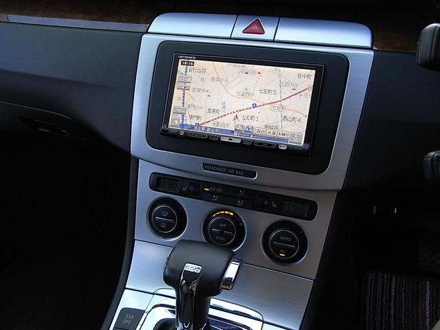 フォルクスワーゲン VW パサートヴァリアント V6 4モーション HDDナビ カメラ HID 禁煙車