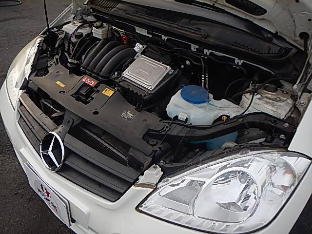 メルセデス・ベンツ M・ベンツ A180 記録簿7枚 正規ディーラー車