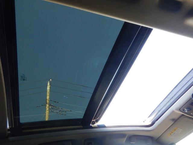 プレミアム 純正20AW 電動サンルーフ 正規ディーラー車(16枚目)
