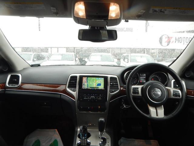 リミテッド 4WD 黒レザーパワーシート 正規ディーラー車(12枚目)