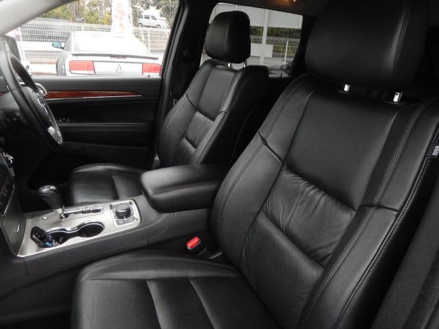 リミテッド 4WD 黒レザーパワーシート 正規ディーラー車(13枚目)