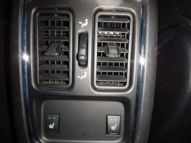 リミテッド 4WD 黒レザーパワーシート 正規ディーラー車(15枚目)