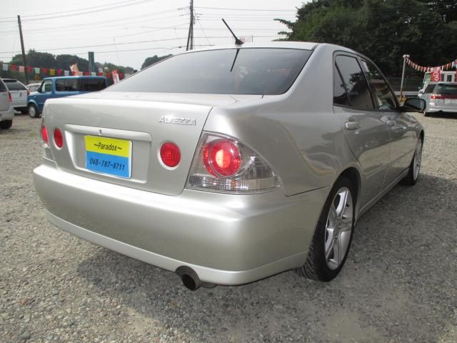トヨタ アルテッツァ RS200 Zエディション 6速MT 純17AW ローダウン