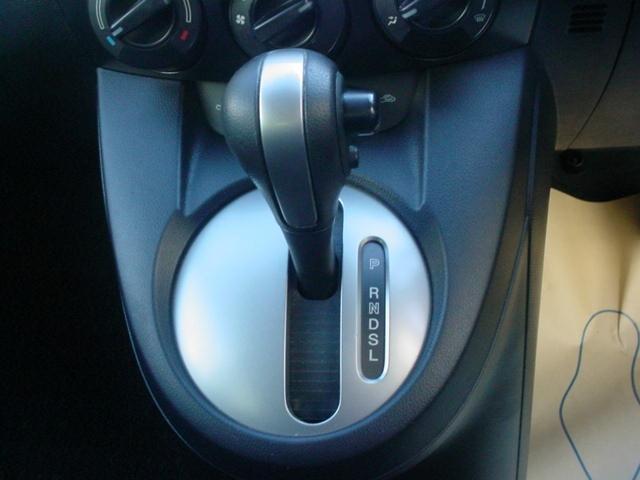 マツダ デミオ 1.3 13C ワンオーナーカー CD MD