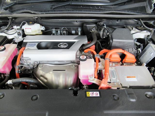 NX300h Iパッケージ L-TEXレザー・パノラミックモニター・プリクラッシュS・全車速レーダークルーズC・LDA・BSM・BTオーディオ・ブルーレイ・Sヒーター・Aハイビーム・Cセンサー・パワーハッチバック・18AW(19枚目)