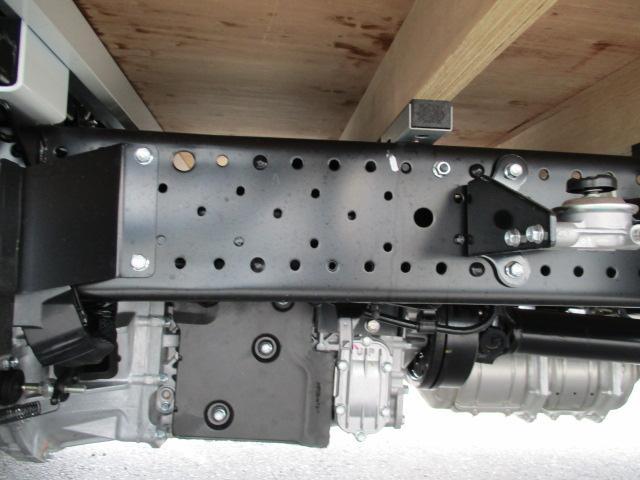 いすゞ エルフトラック 標準ロング 2.0t フルフラットロー