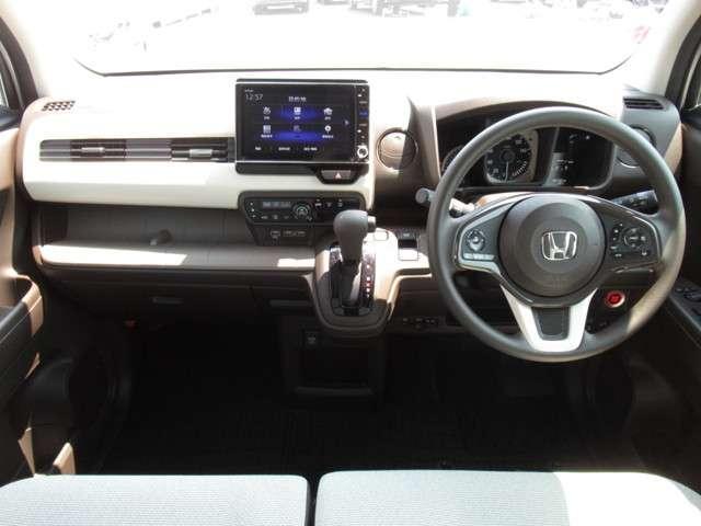 Lホンダセンシング 当社試乗車 純正8インチナビ Bluetooth ETC(11枚目)
