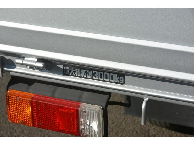 トヨタ トヨエース ワイドロング 4段クレーン 積載3000kg 6速MT