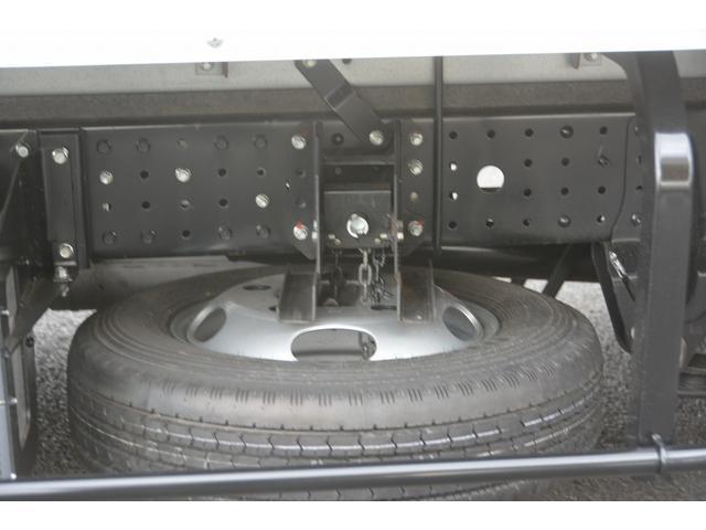 三菱ふそう キャンター 10尺 アルミバン 積載2000kg ラッシング2段 5MT