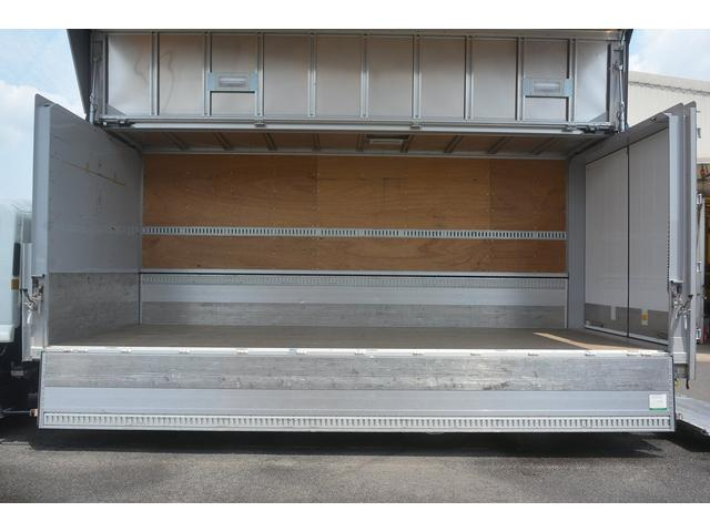 ワイド アルミウイング ベッド 格納ゲート 2.4t積(15枚目)