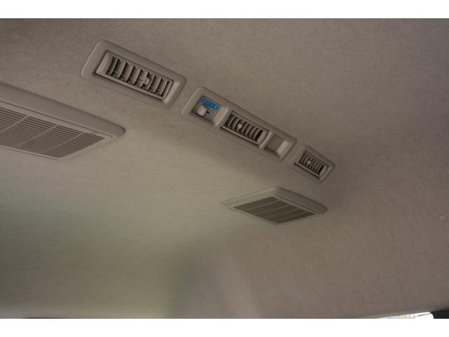 GL 14人乗 4ドア ナビ パワースライドドア 4型 ワンオーナー トヨタ純正ナビ(SD無し) ワンセグTV バックカメラ オートエアコン 取扱説明書 新車時保証書 スペアキー レベライザー ダブルエアバック ETC リクライニングモケットシート(13枚目)